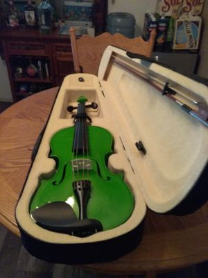Cool green violin with a bow and case for Sale in Apache Junction, AZ