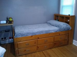Trundle bed ( twin ) for Sale in Philadelphia, PA