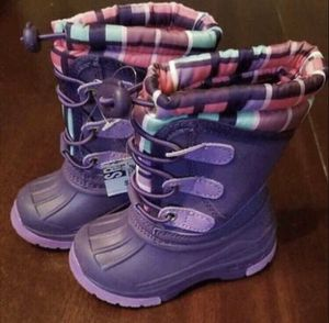Brand New Cherokee Thermolite toddler Girls Purple Snow Boots 5-6us for Sale in Denver, CO