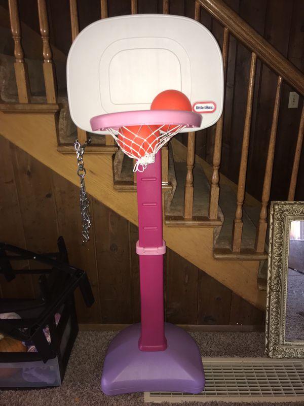 Kid's basket ball hoop