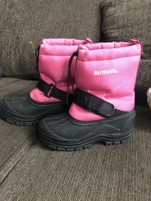 Northside girls snow boots for Sale in Escondido, CA