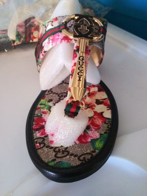 Gucci sandals womens for Sale in Montclair, CA