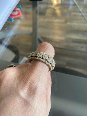 Men's gold and diamond ring for Sale in San Antonio, TX