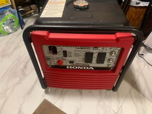 Honda generator Eb2800iIn very good condition almost brand new for Sale in Los Angeles, CA