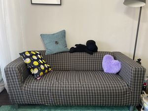 IKEA KLIPPAN Couch for Sale in Los Angeles, CA