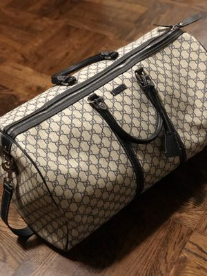 GUCCI duffle bag for Sale in Beverly Hills, CA
