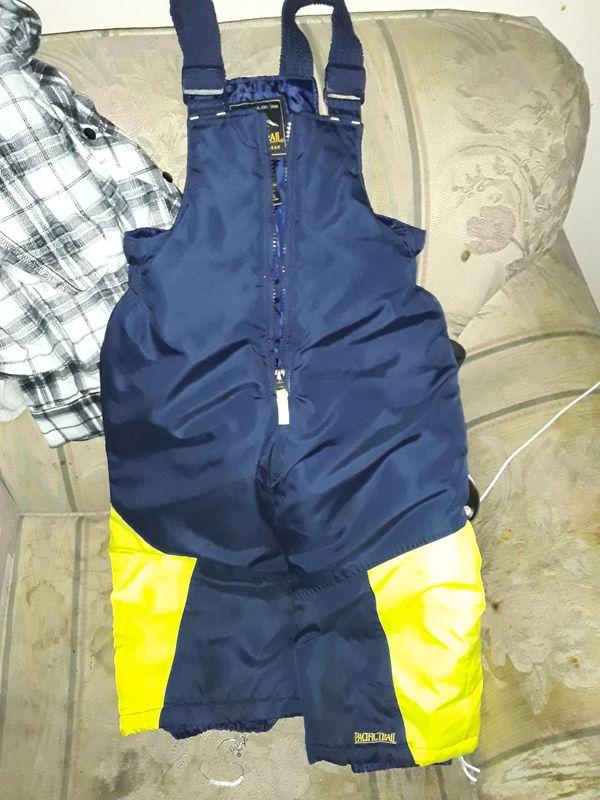 Pair of 3T snow pants