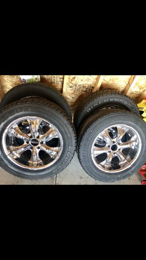 20 inch chrome rims for Sale in Green Bay, WI