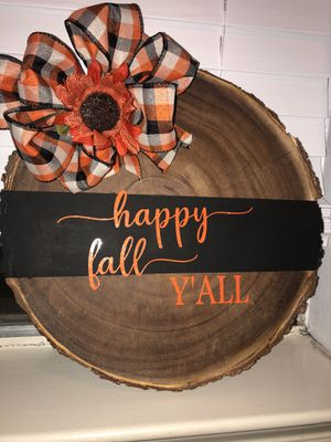 Customizable wooden decor or door hangers , colors can be used and any writing can be added for Sale in League City, TX