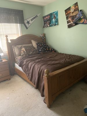 Full size Bedroom set ( mattress and box spring not included) for Sale in Midlothian, VA