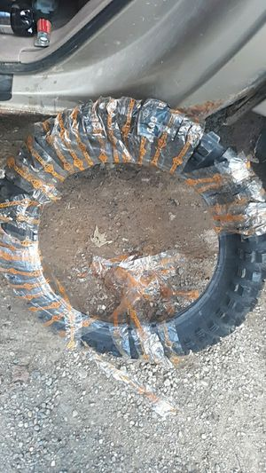 Dirt bike tire for Sale in Mount Vernon, OH