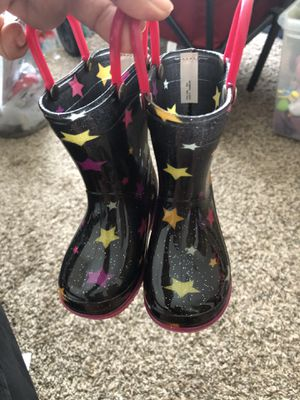 kid rain boots for Sale in Columbus, OH