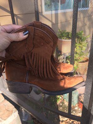 Girls size 13 boots for Sale in Houston, TX