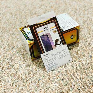 iPhone X, 11, 12 Todos los modelos de protectores de pantalla Glass. for Sale in Carol Stream, IL