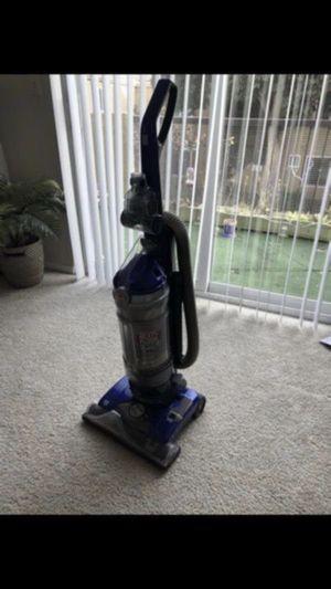 Hoover carpet vacuum for Sale in San Mateo, CA