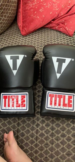 Boxing gloves for Sale in Fairfax, VA