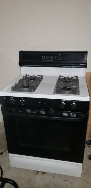 Hotpoint Stove for Sale in Richmond, TX