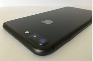 IPHONE 8 PLUS 64GB UNLOCKED BLACK for Sale in Miami Beach, FL