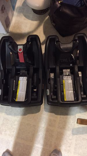 Graco car seat bases for Sale in Los Angeles, CA