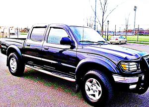 ֆ14OO 4WD Toyota Tacoma 4WD for Sale in Pasadena, CA
