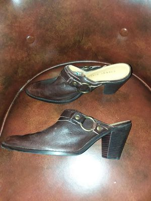 Leather Gianni Bini for Sale in Cleveland, OH
