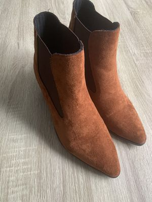 Stylish Almond Toe Boots👢 Fall is here! for Sale in Tampa, FL