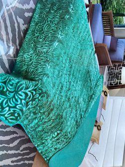 Cal King Blanket for Sale in Perris,  CA