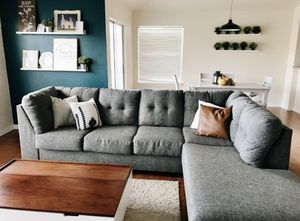 Living Spaces Sectional Couch for Sale in San Diego, CA