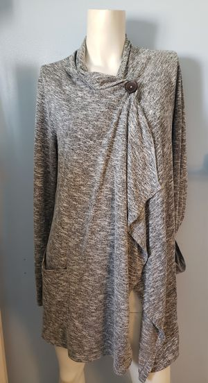 Bobeau from Nordstroms One Button Knit Cardigan for Sale in North Las Vegas, NV