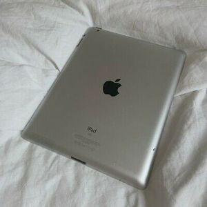 """Apple iPad - 3, (Wi-Fi ONLY Internet access) Usable with Wi-Fi """"as like nEW"""" for Sale in Springfield, VA"""