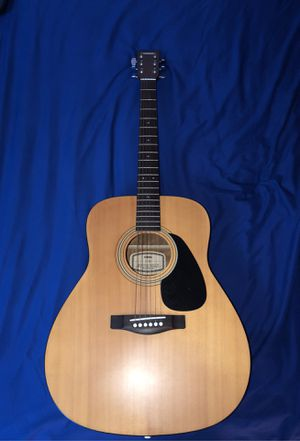 Yamaha F-35 acoustic guitar for Sale in Lawndale, CA