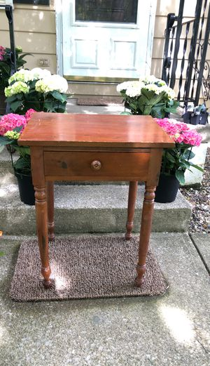 19th C Antique Sheraton Country Primitive New England Work Table. for Sale in Medina, OH