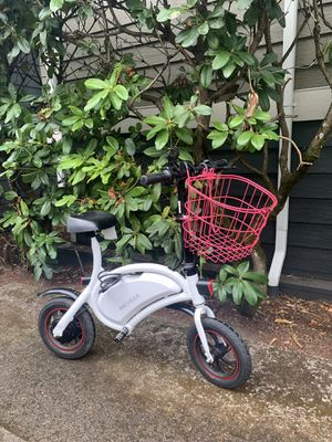 Electric bike foldable with accessories for Sale in Portland, OR