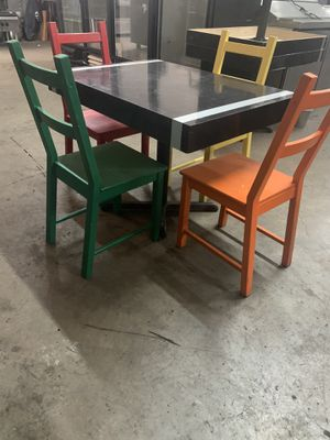 RESTAURANT RUSTIC DINNING TABLE & CHAIRS for Sale in Miami Springs, FL