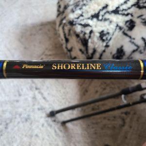 Pinnacle Shoreline Classic Fishing Rod for Sale in AZ, US