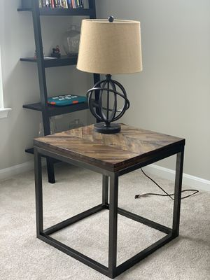 Modern Wooden/Metal End table for Sale in Alexandria, VA