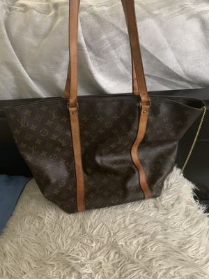 Authentic Louis Vuitton bag for Sale in Atlanta, GA