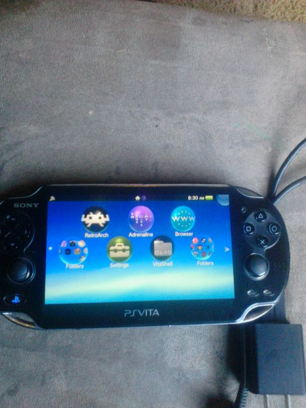 PS Vita mint condition  Selling or trading let me know what u have for Sale  in Palm Springs, CA - OfferUp
