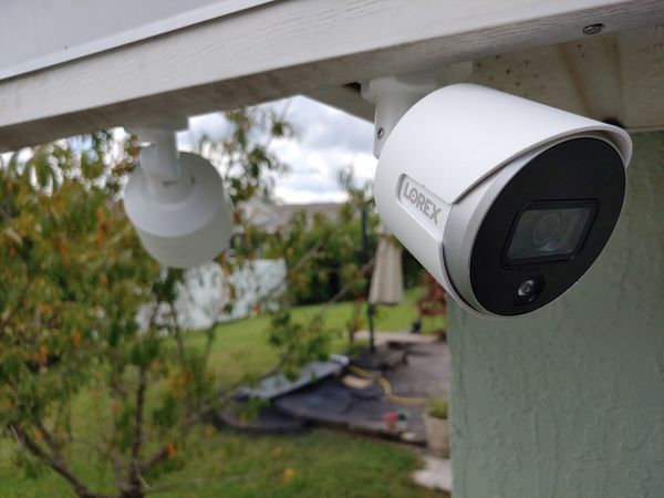 Security camera LOREX 2K