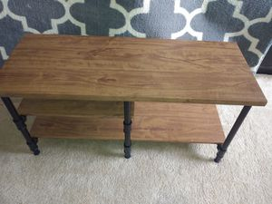 TV Stand 1.5ft x3.3ft L. 3 layers for Sale in Norcross, GA