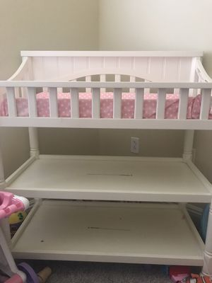 Baby Changing table for Sale in Moreno Valley, CA