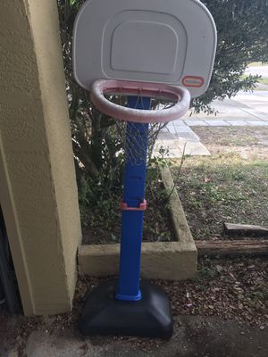 Basketball hoop for Sale in Palm Harbor, FL