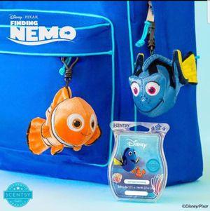 Finding Nemo - Nemo & Dory Buddy Clip for Sale in Lakewood, WA