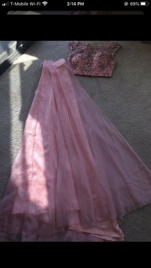 Prom dress size 4 for Sale in Fremont, CA