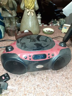CD player and radio cheap 10.00 for Sale in Fort Lauderdale, FL