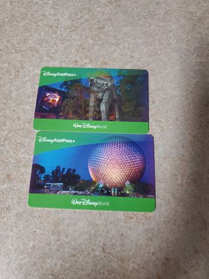 Two one day 4 park hopper tickets for Sale in Orlando, FL