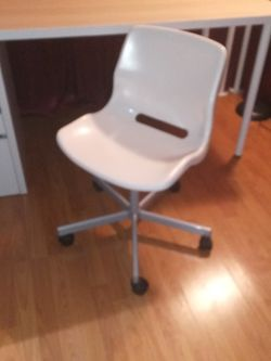 Chair for Desk for Sale in Riverside,  CA