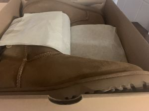 Uggs for Sale in Pawtucket, RI