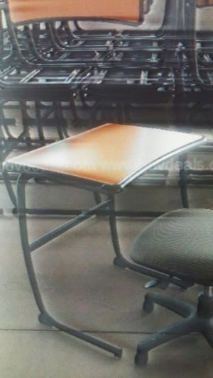 """Slightly used light brown faux wood grain single desk. 29"""" wide, 19 3/4""""deep with curve inward in middle to 19"""" and 30"""" high. 40 pieces available. for Sale in Columbus, OH"""