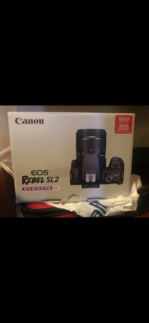 CANNON EOS REBEL SL2 basically BRAND NEW. for Sale in Baytown, TX